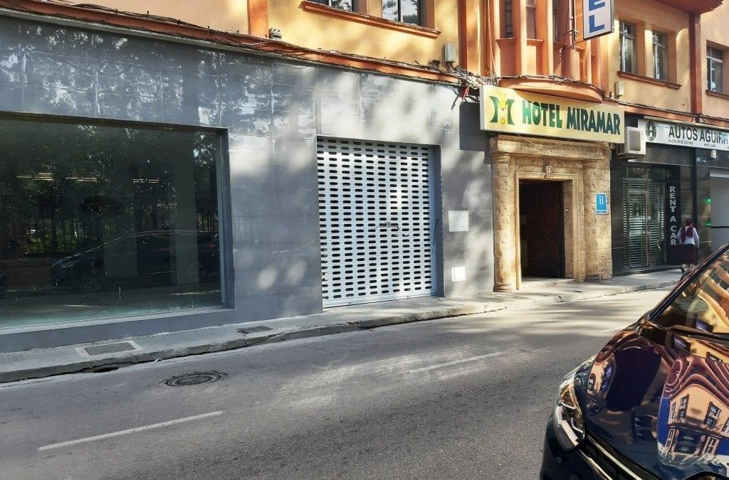 Una orden de ejecución de Disciplina Urbanística propicia el adecentamiento del local de la antigua discoteca Flash en la Avenida de España
