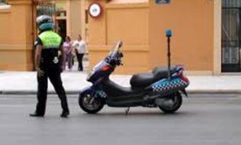 La Policía Local intercepta a dos conductores circulando a mas de 110 kilómetros por hora en una vía limitada a 50 km/h