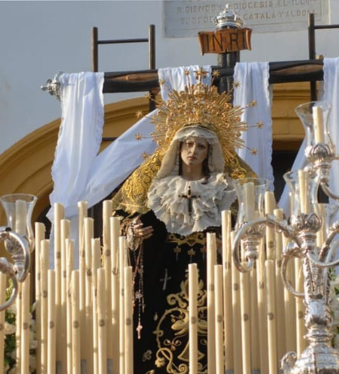 Cuatro Cofradías hacen estación de penitencia en la tarde-noche del Viernes Santo
