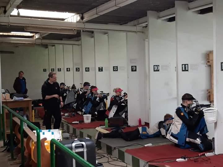 Deportes agradece al equipo de tiro de Finlandia sus entrenamientos en el Club de Tiro de La Línea