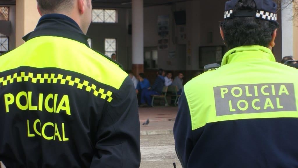 La Policía Local detiene a un individuo con 253 gramos de hachís como presunto autor de un delito contra la salud pública