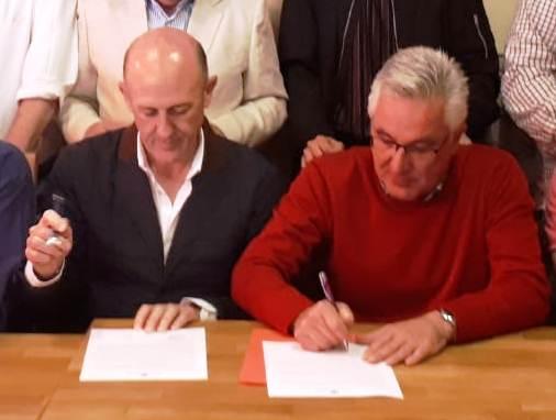 Ángel Villar iglesias y  Miguel Ángel Prieto Uceda firmaron el documento de compromiso de apoyo al proyecto del Fuerte Santa Bárbara