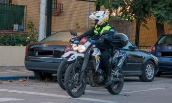 La Policía Local detiene a un menor como presunto autor de varios actos vandálicos contra vehículos estacionados en la vía pública