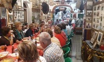 Unas 50 personas procedentes e Jaén visitan el Museo Taurino Pepe Cabrera