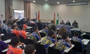 """Clausurada la V edición de la convivencia """"Dos orillas"""" con la participación de medio centenar de futbolistas marroquíes"""