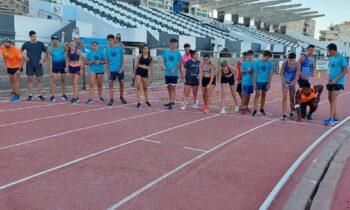 Los entrenamientos del club de atletismo linense dan comienzo.